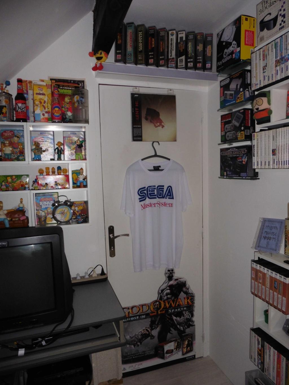 Atmostfear's gaming closet Novemb16