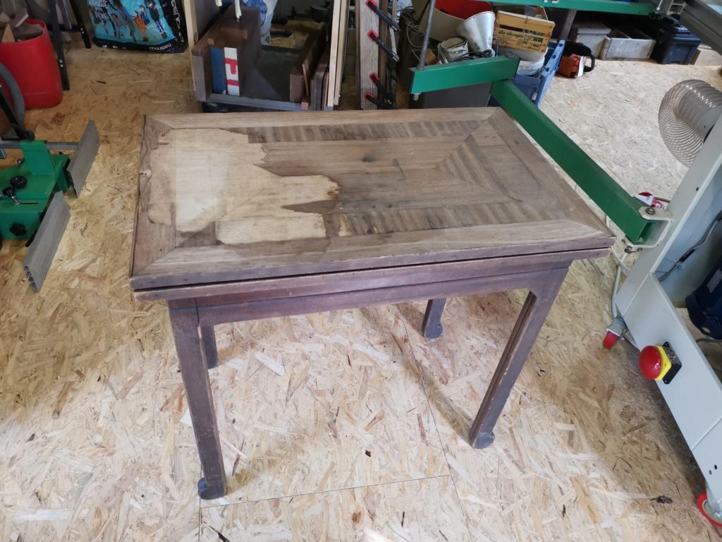 Réparation de divers meubles : stage one : table de bridge pliante et rotative 2020-053