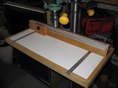 FABRICATION DE DEUX TABLES BASSES (pour les schtroumfs) - Page 2 Drill_10