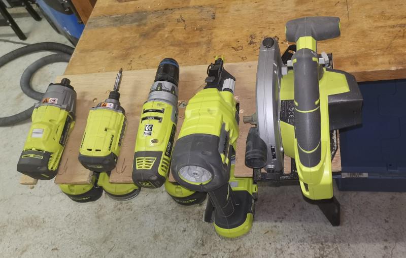 RYOBI tools rack Img-2016