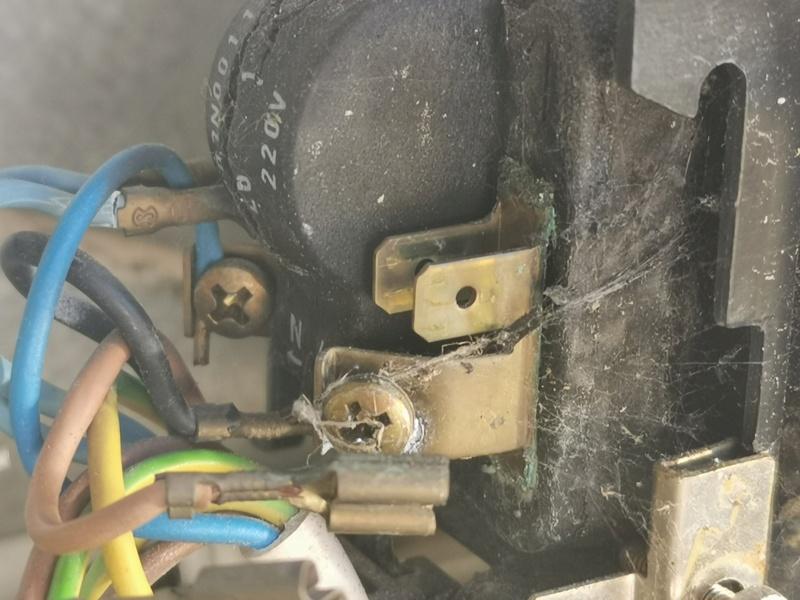 [RESOLU] Problème électrique sur un congélateur Img_2111