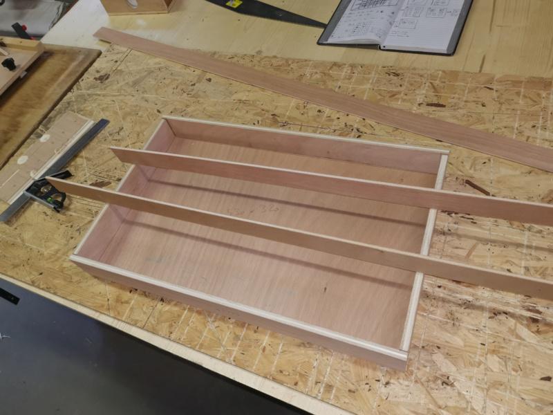 Fabrication de placards pour l'atelier méca / bois - Page 3 Img_2350