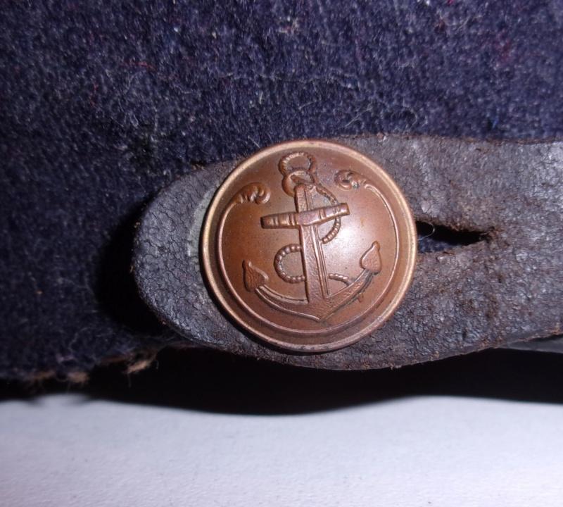 Les boutons d'officier et homme de troupe des Troupes coloniales Kepi_m10