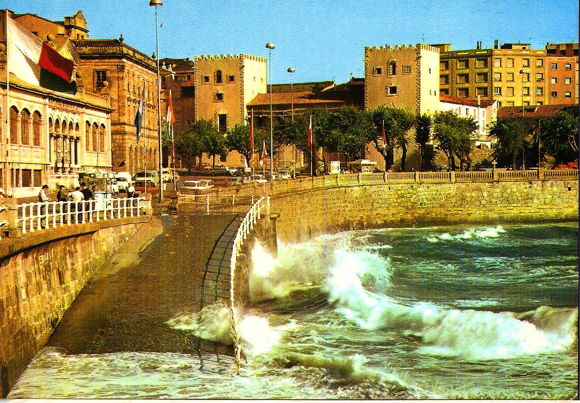 TEMATICA - Puertos pesqueros de España a través de las postales Gijon_10