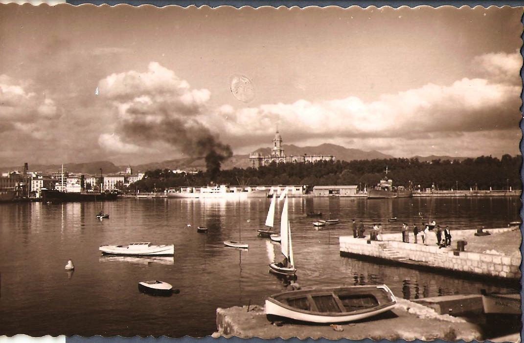 TEMATICA - Puertos pesqueros de España a través de las postales Malaga10