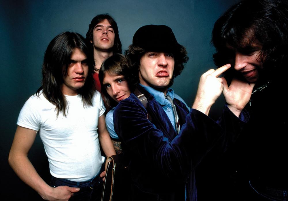 NO FELIPING: los discos de AC/DC de peor a mejor - Página 10 Acdc-r10