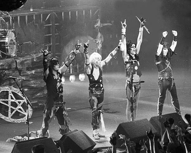 Tus fotos favoritas de los dioses del rock, o algo - Página 8 B0245710