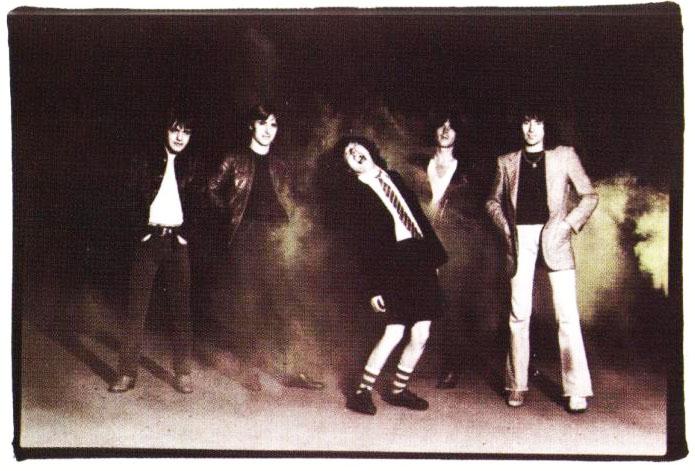 NO FELIPING: los discos de AC/DC de peor a mejor - Página 11 Capa-v10