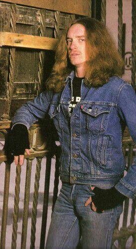 Metallica. Furia, sonido y velocidad - Página 6 Cliff_11