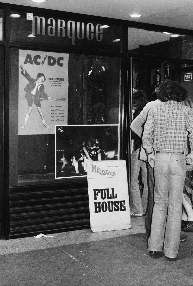 NO FELIPING: los discos de AC/DC de peor a mejor - Página 17 Dff8c210