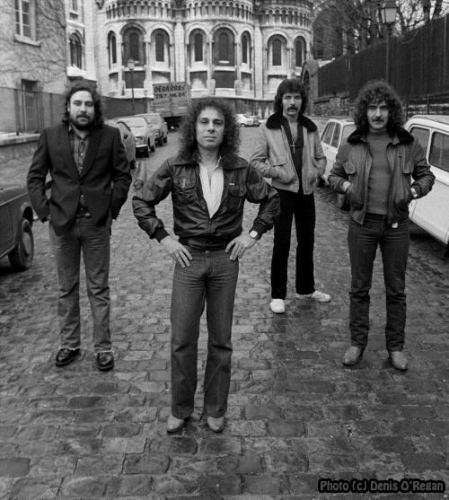 Black Sabbath 50: Legado - Página 16 Dio15
