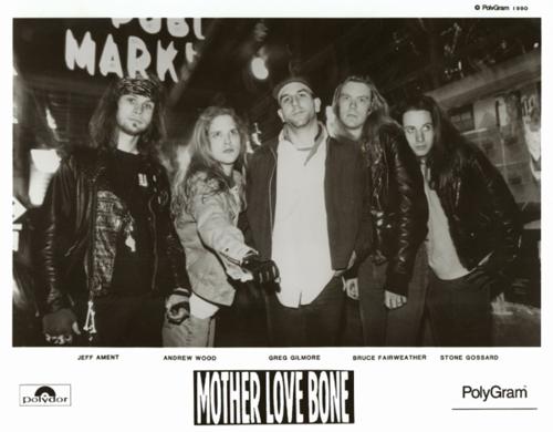 MOTHER LOVE BONE, Apple disco 10 - Página 2 E9a6b010