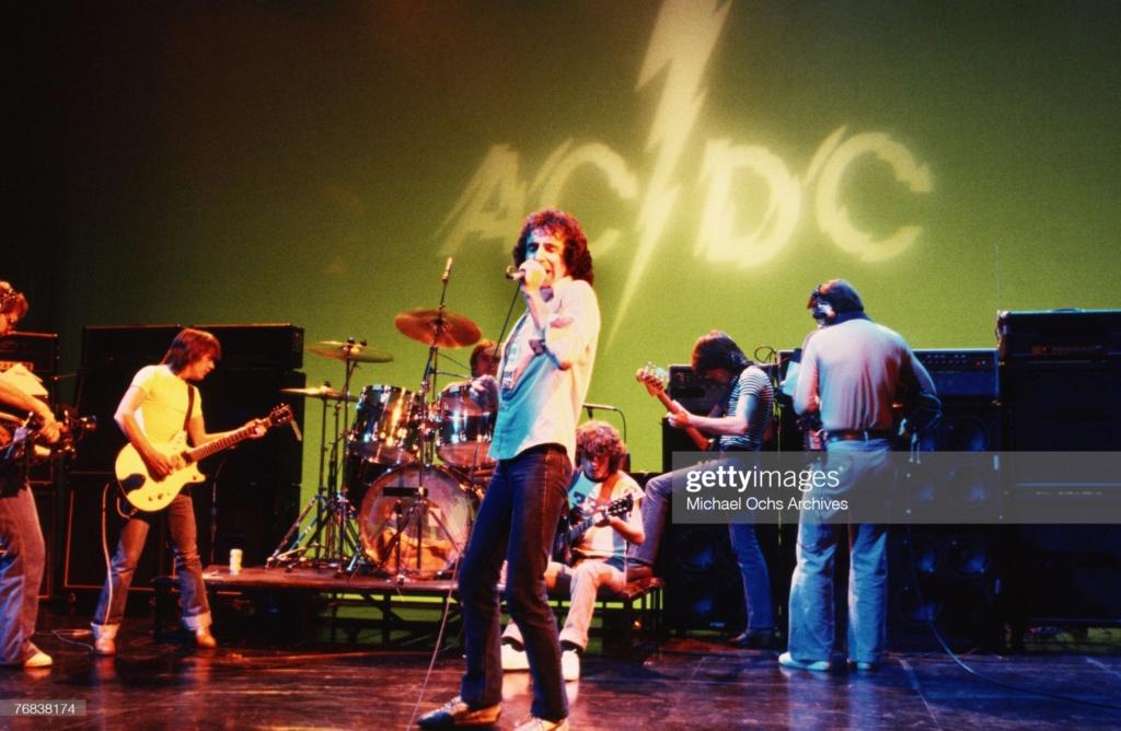 NO FELIPING: los discos de AC/DC de peor a mejor - Página 5 Gettyi17
