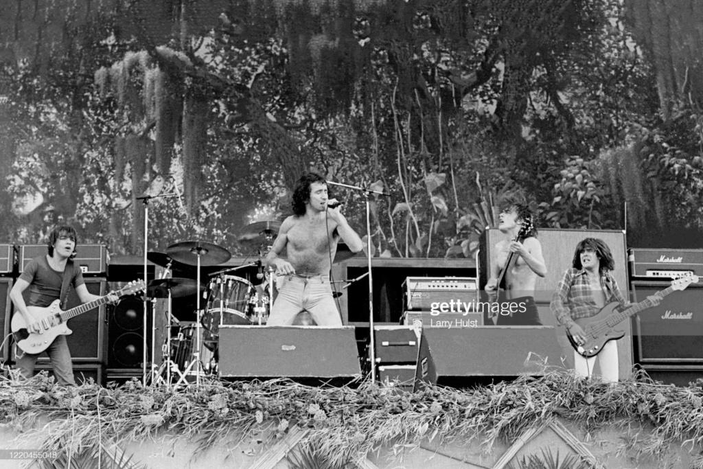 NO FELIPING: los discos de AC/DC de peor a mejor - Página 11 Gettyi20