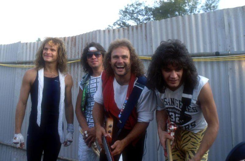 EDDIE VAN BASTEN, DAVIDS LEE ROTH... VAN HALEN BEGINS - Página 3 Halen_20
