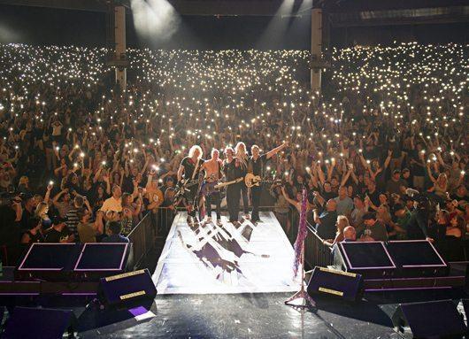 CRÓNICAS DEL LEOPARDO SORDO - XXV Viva Def Leppard!  - Página 3 Live_911
