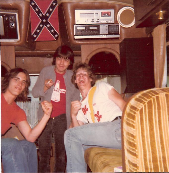 NO FELIPING: los discos de AC/DC de peor a mejor - Página 3 On_the10