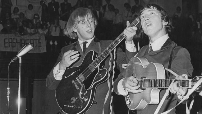 NO FELIPING: los discos de AC/DC de peor a mejor - Página 4 R_jfif14