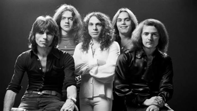 Ronnie James Dio - Página 6 Rain10