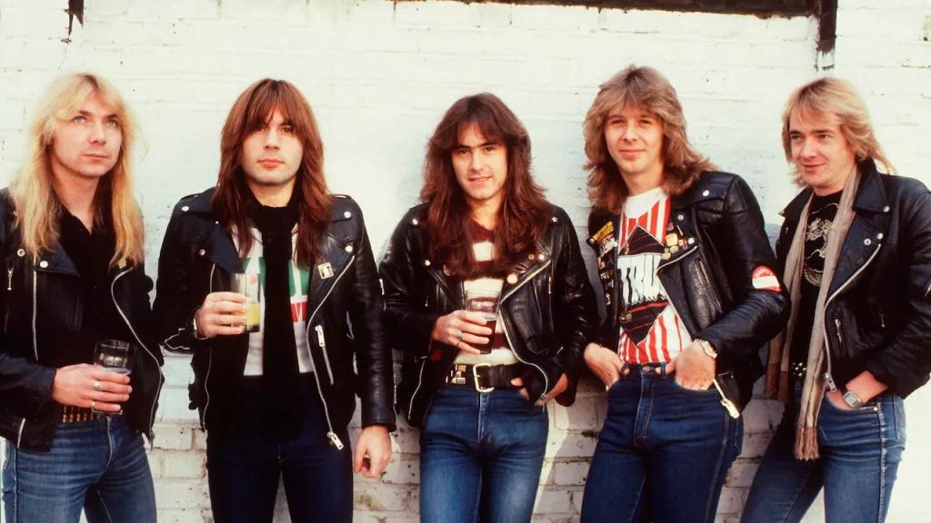 Iron Maiden - Senjutsu (2021) - Página 20 Ulotn311
