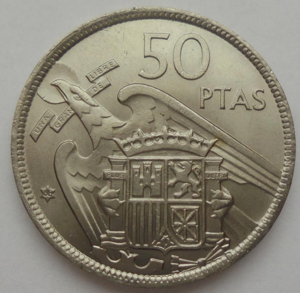 50 pesetas 1957 (*68). Estado Español. Troquelada Dsc08010