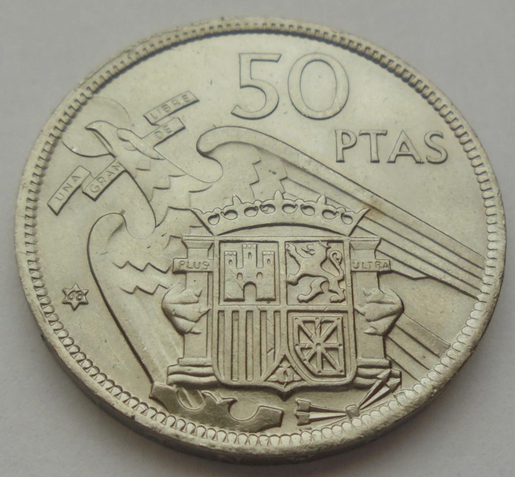 50 pesetas 1957 (*68). Estado Español. Troquelada Dsc08012