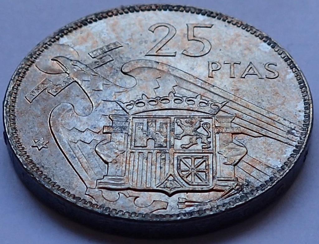 25 pesetas 1957 (*64). Estado Español P5300012