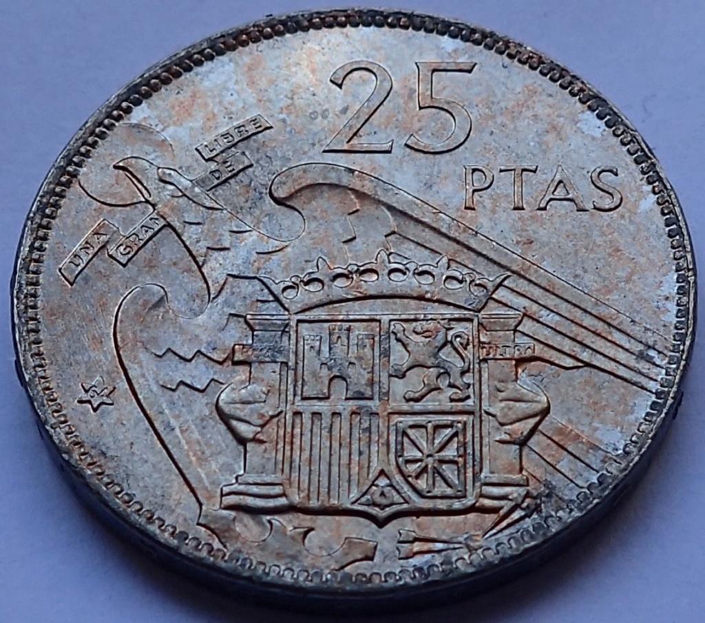 25 pesetas 1957 (*64). Estado Español P5300013