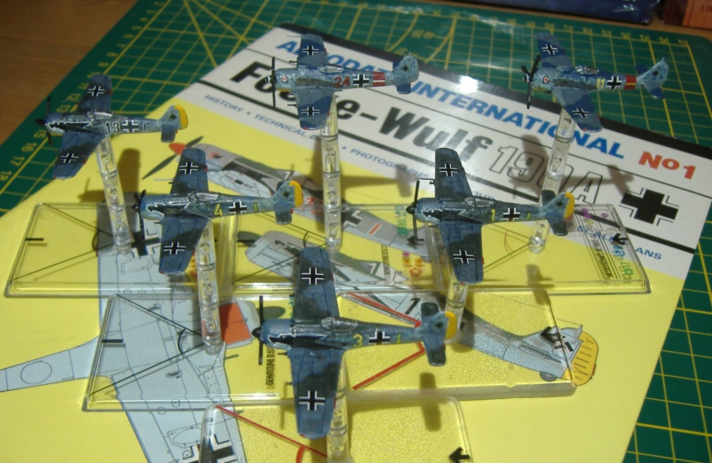 """From Spitfire, Me Bf 109 E, FW190 A, F4U Corsair, P-51 """"Blood Red Skies"""" to Wings Of Glory 3_dscf10"""