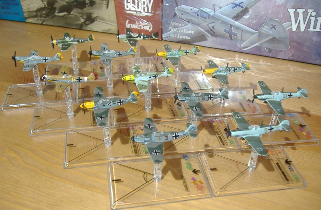 """From Spitfire, Me Bf 109 E, FW190 A, F4U Corsair, P-51 """"Blood Red Skies"""" to Wings Of Glory 5_dscf10"""