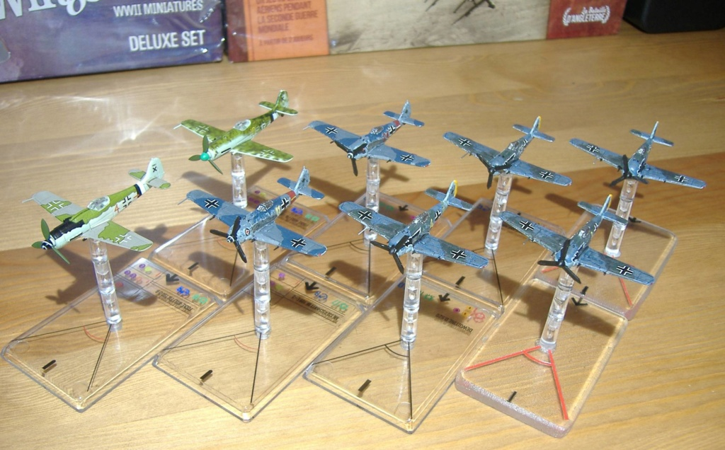 """From Spitfire, Me Bf 109 E, FW190 A, F4U Corsair, P-51 """"Blood Red Skies"""" to Wings Of Glory 5_dscf11"""