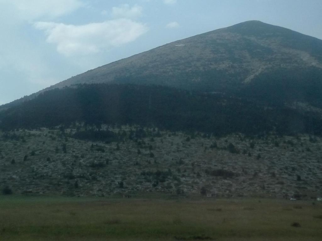 SpotS en Bosnie dans un parc naturel. Img_2027
