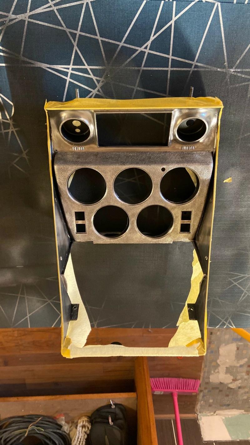 Trappe cendrier qui ne tient pas fermée C111