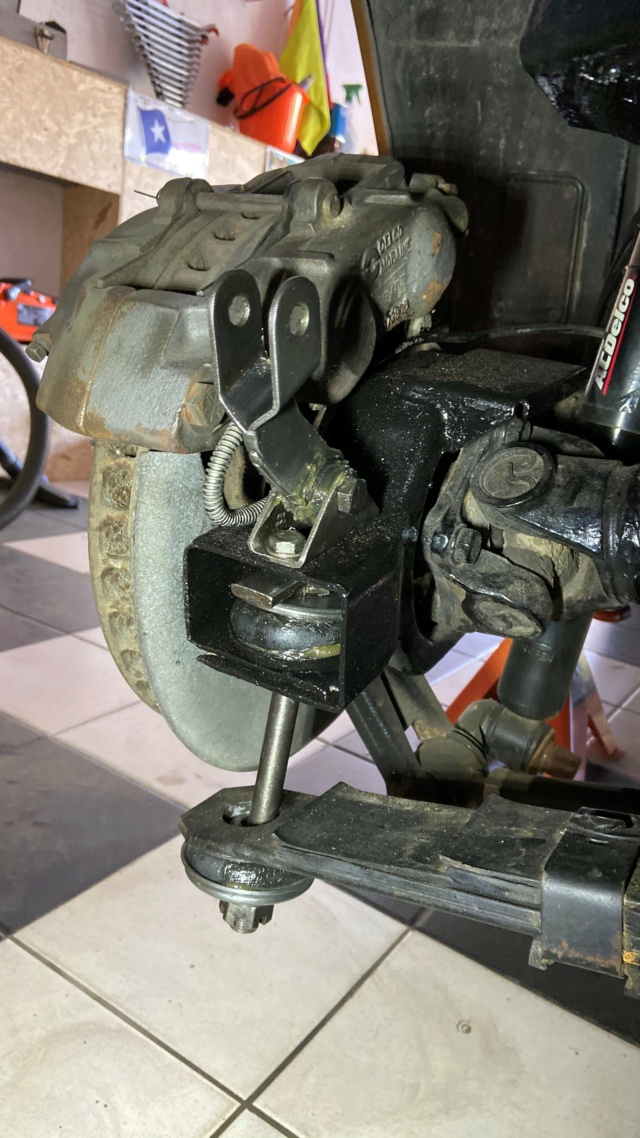 silentblock suspensions arrières Rear10