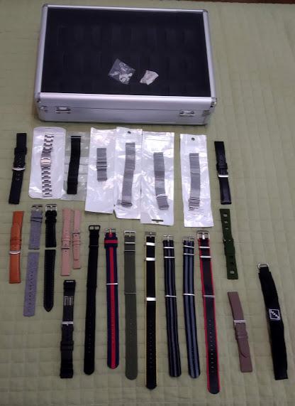 [Vendido] 24 braceletes (Nato, seatbelt, pele, metal, mesh, borracha, etc.) c/ oferta de mala p/ 24 relógios Img_2046