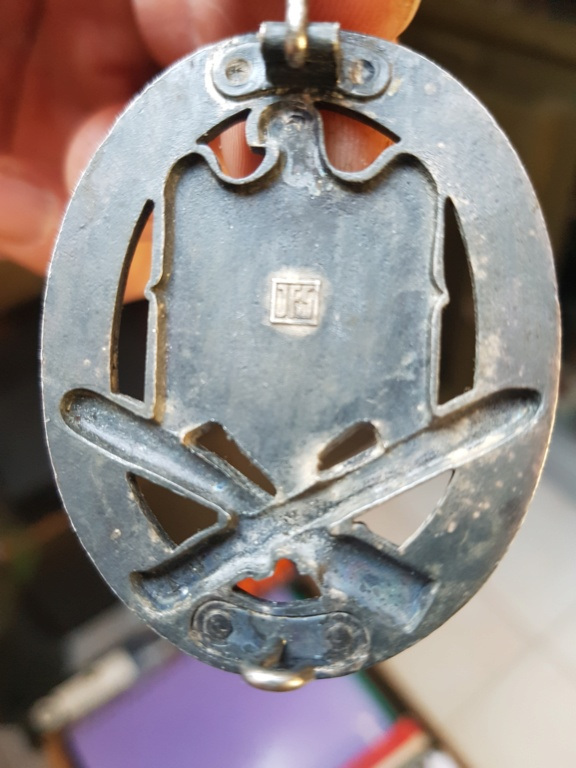 Identification insigne et plaque 20190316