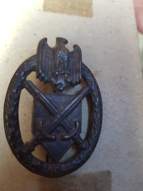 Identification insigne allemand WW2 20190911