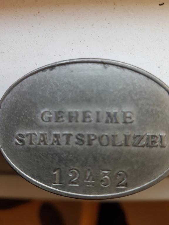 Plaque Police Allemande 20200420