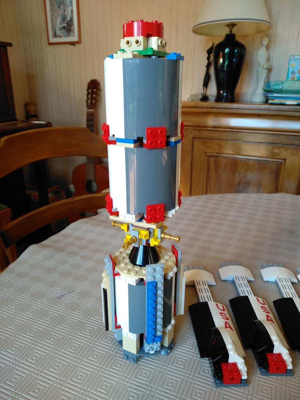 La Saturn V en LEGO! - Page 4 Img_2010