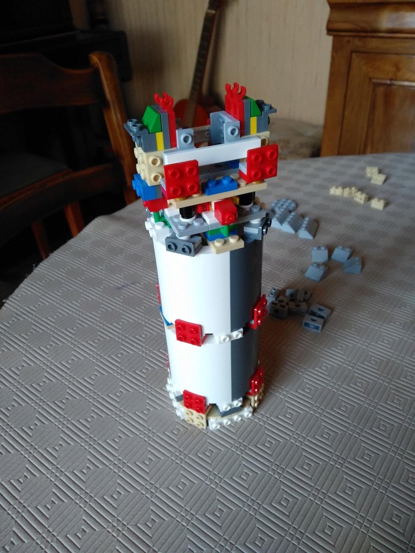 La Saturn V en LEGO! - Page 4 Img_2011