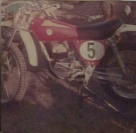 Porque no bultaco o montesa cross 75? 024_210
