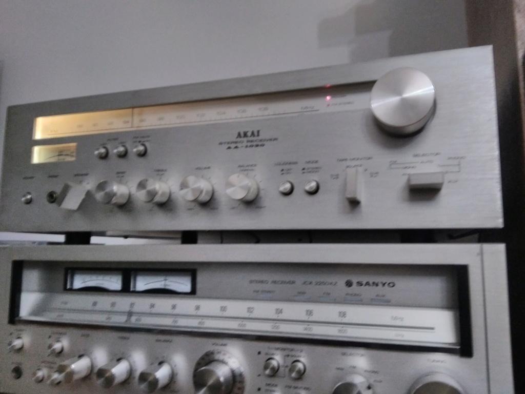 AKAI AA 1050    Receiver Img_2079
