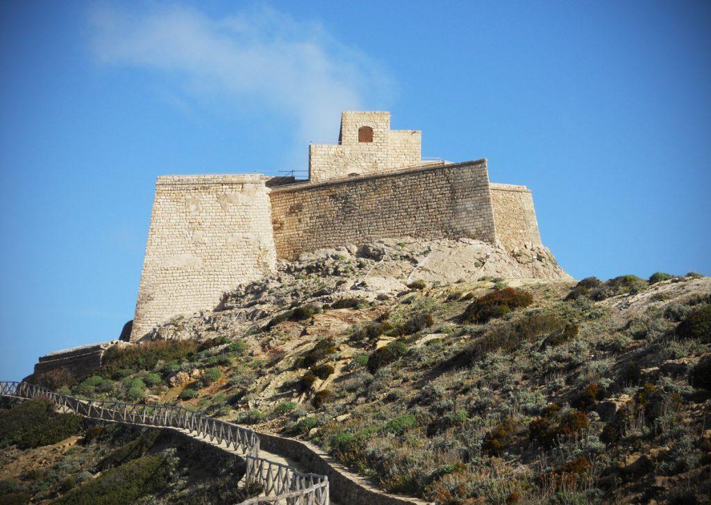 Castello di Punta Troia Ev-a-c10