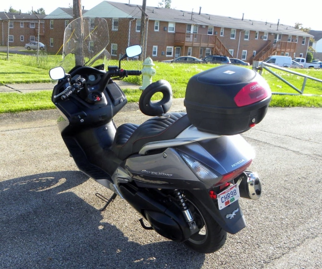 I'm looking for a Top case for my 08 silverwing  Swing_19