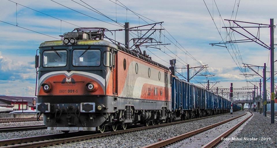 Locomotive operatori privati  - Pagina 69 00111
