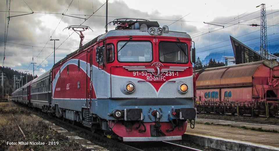 Locomotive clasa 47(476/477) aparţinând CFR Călători  - Pagina 45 23111