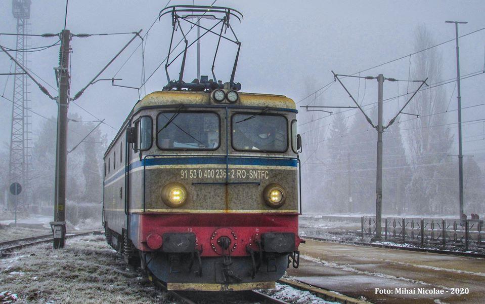 Locomotive clasa 400 - Pagina 7 23611