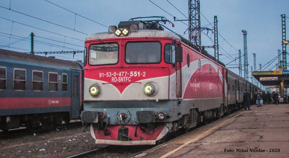 Locomotive clasa 47(476/477) aparţinând CFR Călători  - Pagina 45 55111
