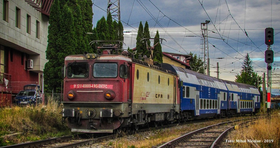 Locomotive clasa 400 - Pagina 6 66910