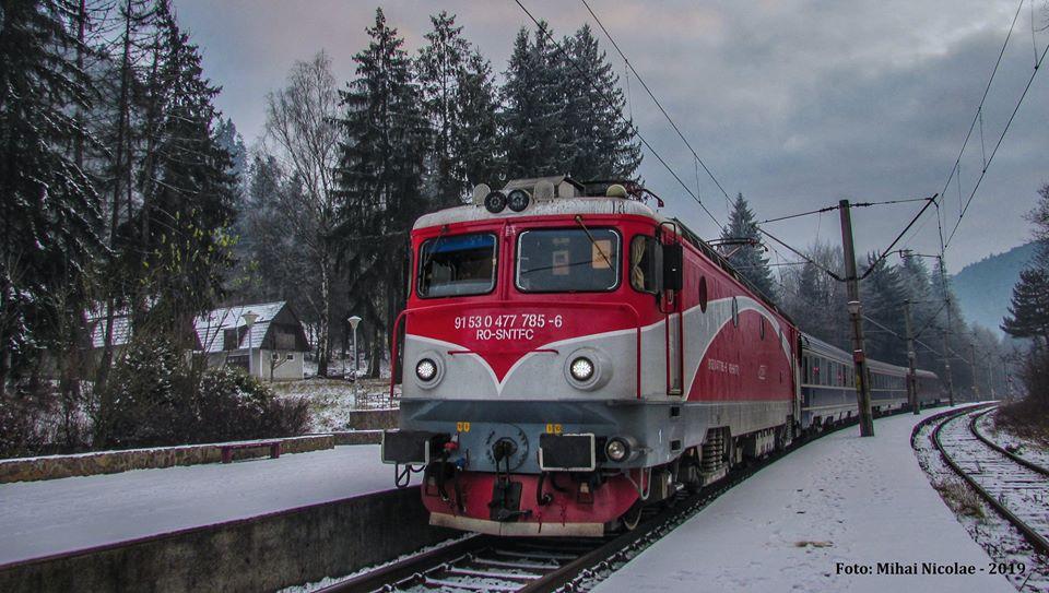 Locomotive clasa 47(476/477) aparţinând CFR Călători  - Pagina 45 78511